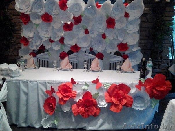 Бумажные цветы для украшения свадебного зала своими руками 82